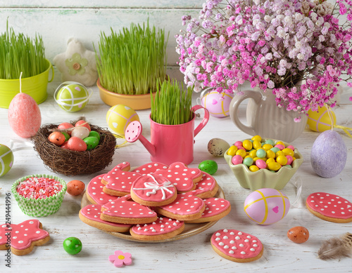 Leinwanddruck Bild Easter sweets and decorations