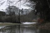 rio en nieve - 249553178