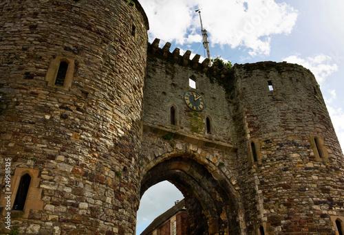 Leinwanddruck Bild town gate - I - Rye - UK