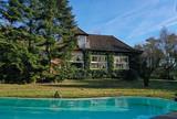 Haus im Grünen mit Pool