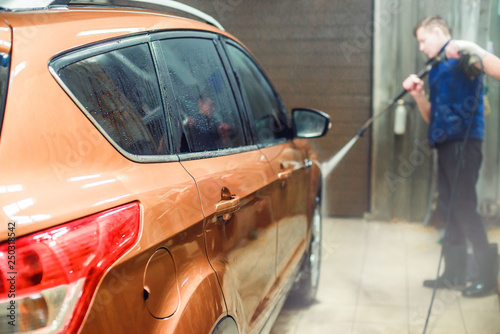 car wash with shallow depth of field - 250318542