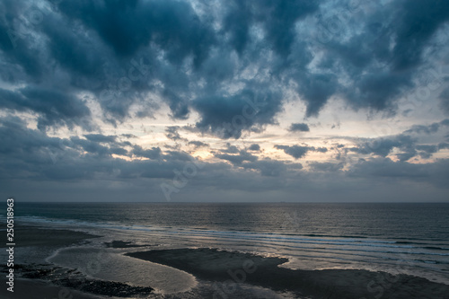 Entre ciel et mer  © Raphaël