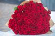 Leinwanddruck Bild - Large bouquet of 101 red rose.