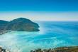 mer turquoise et ile