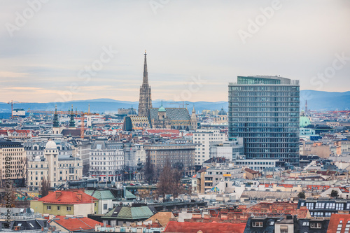 obraz lub plakat Cityscape of Vienna with Stephansdom - St. Stephen's Cathedral - in the background