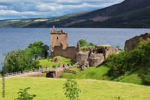 Leinwanddruck Bild Loch ness, Scotland, United Kingdom