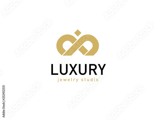 Logotype linear gold crown luxury shop © kristinochka111