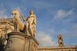 Roma, le statue di piazza del Campidoglio