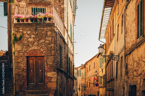 Picturesque view of small old street, imahe taken in Tuscany, Italy - 252492989