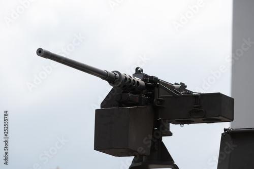 重機関銃 © Josiah.S