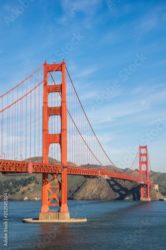 fototapeta na ścianę Golden Gate Bridge - the most internationally recognized symbols of San Francisco, California and the United States