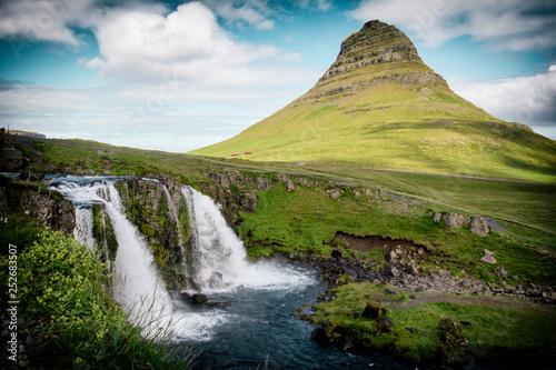 Island kirkjufell © Susann