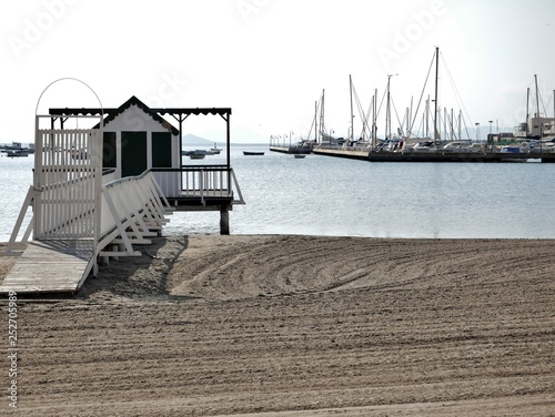 Bootshaus am Strand © Zafer