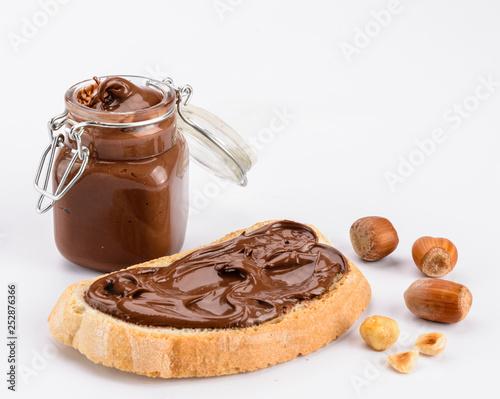 Pane e cioccolato, crema di nocciola