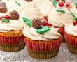Leinwanddruck Bild - Gingerbread cupcake for christmas
