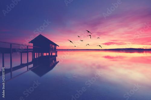 Leinwanddruck Bild idyllische Landschaft am See