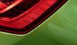 Rot-grün Autoscheinwerfer Detailansicht