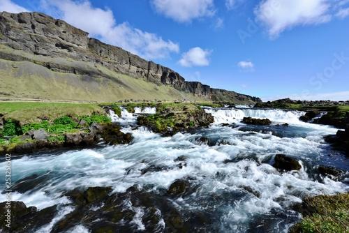 Landscape - 253258502