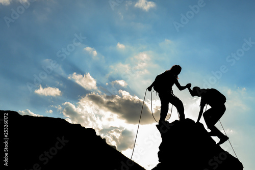 rock climbing and the team focused on the target © crazymedia