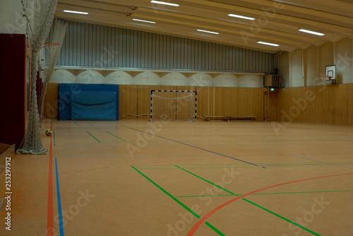 canvas print picture Sporthalle mit Fußball