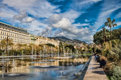 Leinwanddruck Bild Promenade du Paillon in Nizza, Frankreich