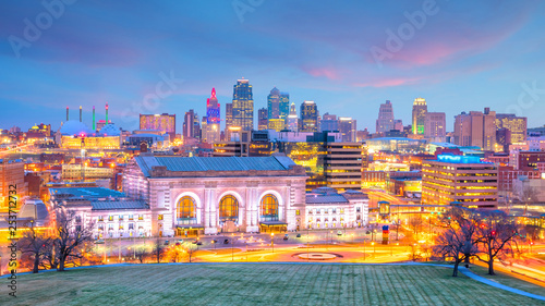 View of Kansas City skyline in Missouri © f11photo