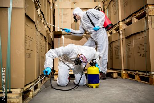 Foto Murales Industrial pest control
