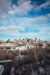 panoramic view of the city © Leland