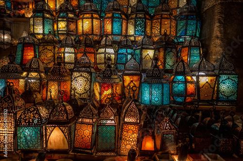 muslim style's lantern shining - 254711102
