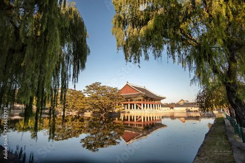 Seoul Palaces - 254832928