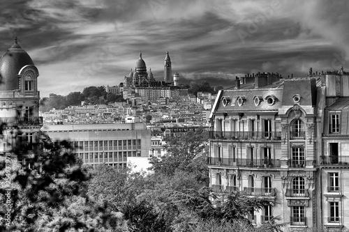 View on Montmartre and the Sacré Coeur, Paris, France - 254937978