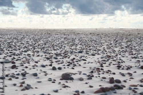 Plaża Morze Kamienie - 254949568