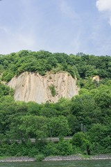 Felsenwand Mosel Rhein © Ekim