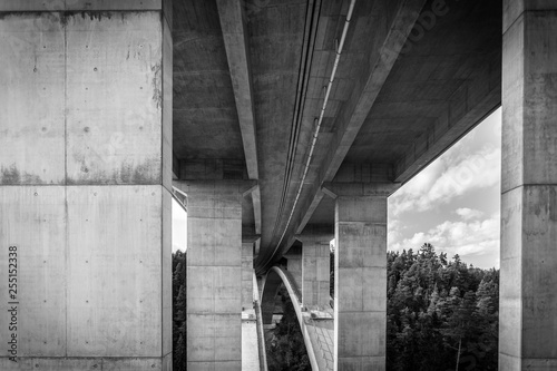 tall highway bridge infrastructure concrete jungle - 255152338