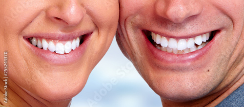 smile teeth close-up © Kurhan