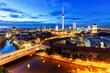 Berlin Skyline Fernsehturm Rotes Rathaus bei Nacht Deutschland Stadt