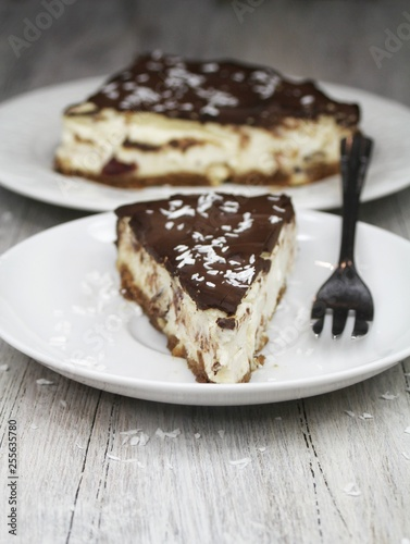 Cheesecake with chocolate