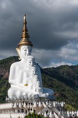 Buddha Statue © kasetch
