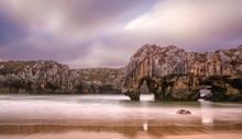 """Постер, картина, фотообои """"Playa de Cuevas del Mar en Asturias"""""""