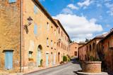 Geheimtipp Monterongriffoli, ein idyllischer keiner Ort mit wenigen Häusern in einer herrlichen Landschaft gelegen