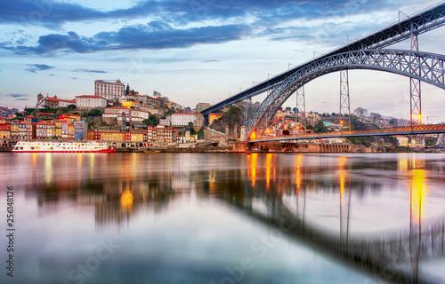Leinwanddruck Bild Porto, Portugal old city skyline from across the Douro River