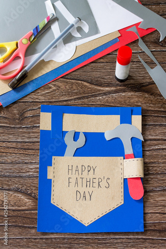 Wondrous Greeting Card With Happy Fathers Day On Wooden Table Gmtry Best Dining Table And Chair Ideas Images Gmtryco