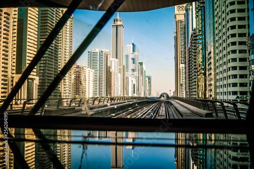 obraz lub plakat metro view, dubai.