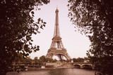 Fototapeta Fototapety z wieżą Eiffla - View on the Siene river and the Eiffel tower in Paris, France © Alexandra Lande
