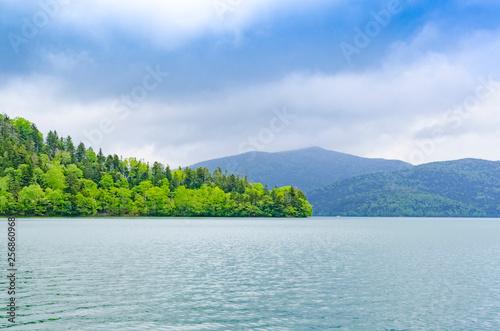 静寂の然別湖