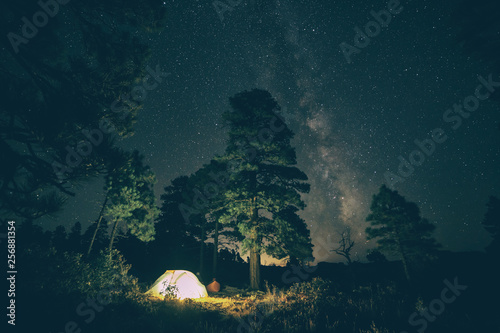 Camping under the night sky © IRIS Productions