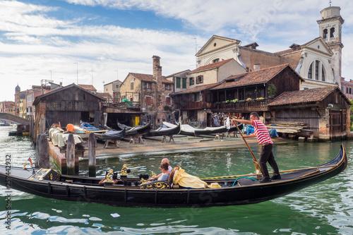Venice gondola © jeanerickpasquier