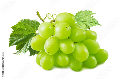 Bunch of green grapes with leaves isolated on white background © kovaleva_ka
