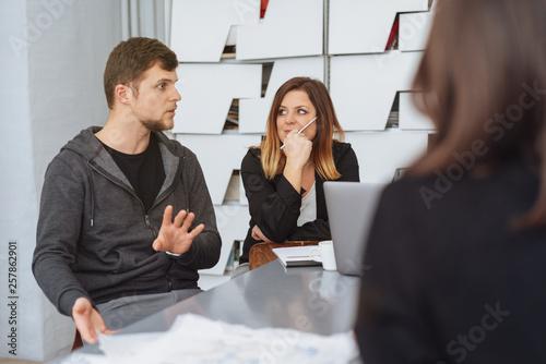 Young businessman explaining something © contrastwerkstatt