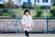 3歳の女の子 屋外ポートレート